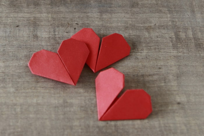 Atelier cœur en origami
